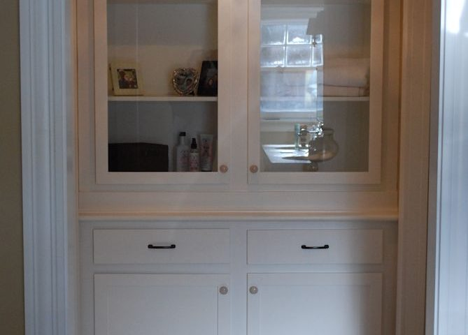 Custom Built-In Linen Closet