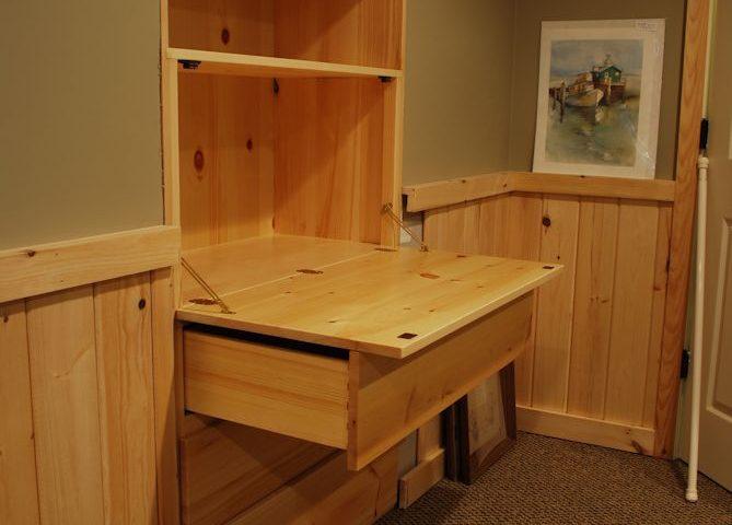 Custom Built-In Pine Desk