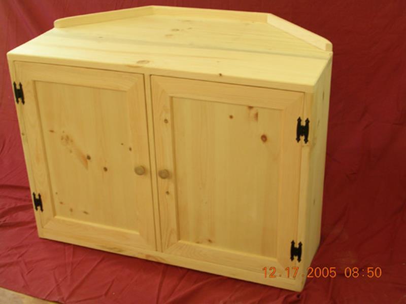 Custom Shaker Corner Cabinet