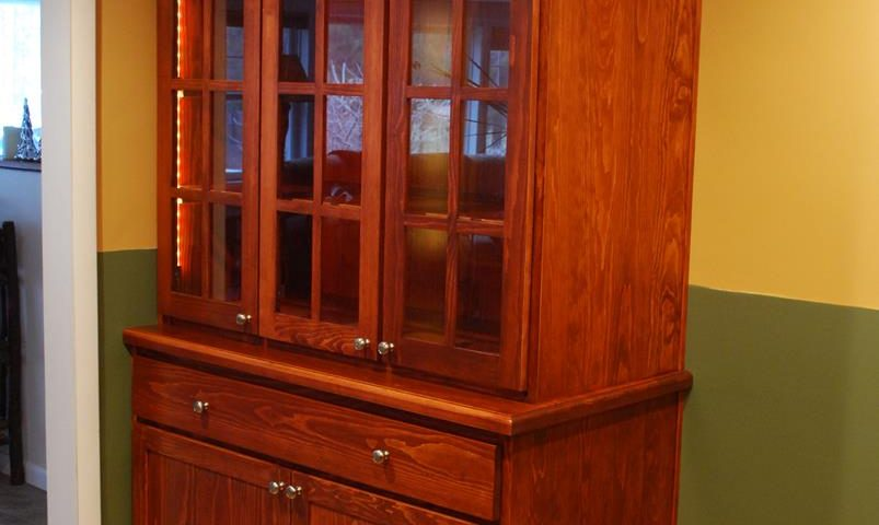 Custom Built-In Display Hutch